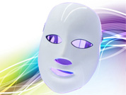 Get the flawless skin with LED light therapy face mask